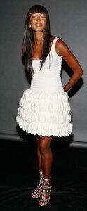 Черное и белое платья Наоми Кэмпбелл Наши воплощения