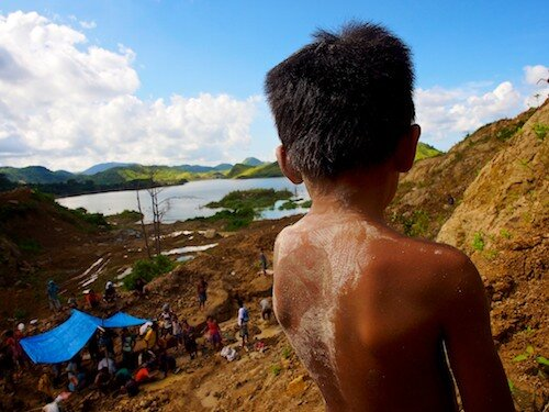 Lives at risk in the Philippine Gold Mines