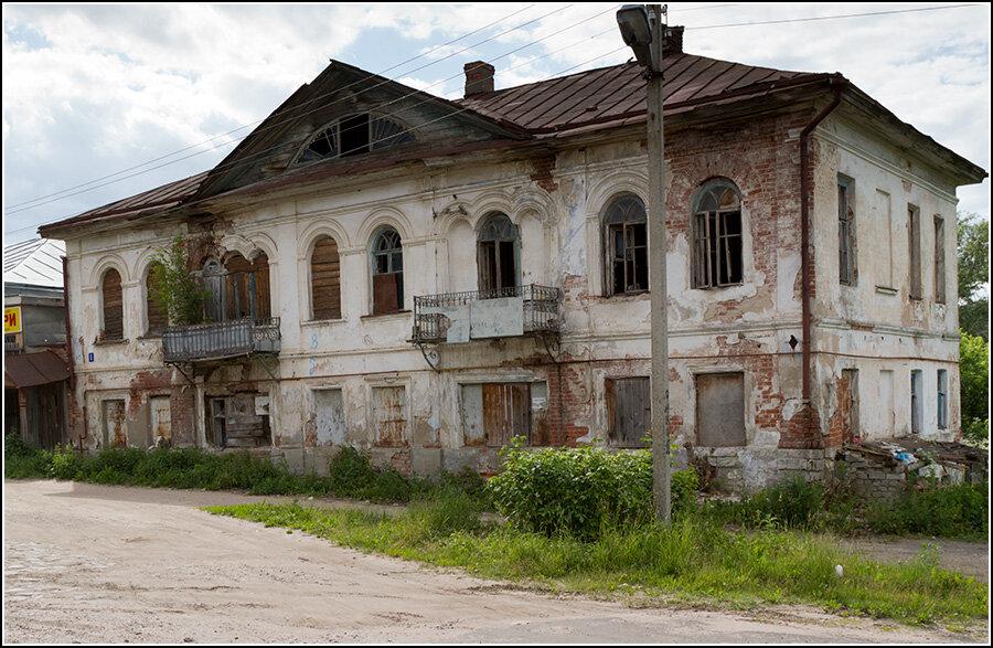 Брошенный дом в Кашине