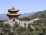 Китай, холмы и гробницы
