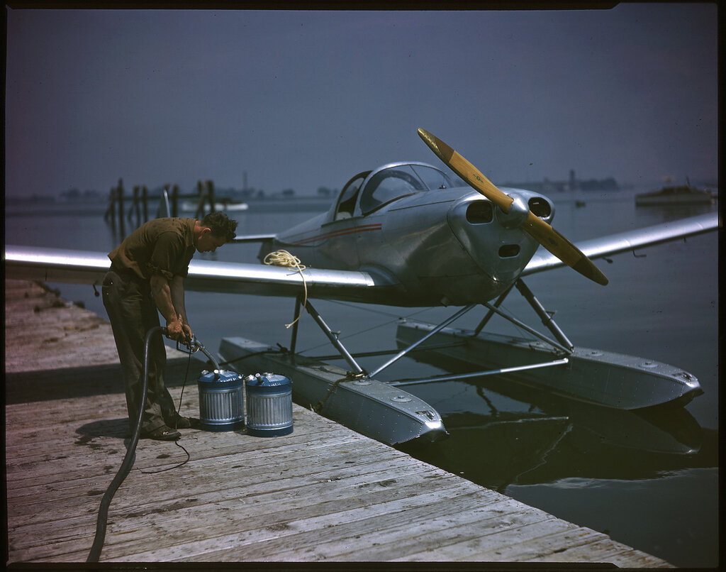 Erco 415C Ercoupe (rn NX 86951) at a dock