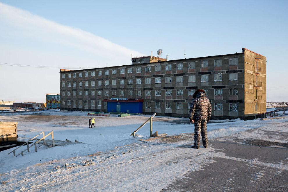Zhizn-na-krayu-zemli-Tiksi-Yakutiya-57-foto
