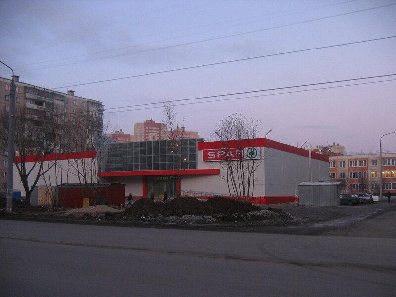 """Гипермаркет """"SPAR"""" на Чичерина (24-12-2011)"""