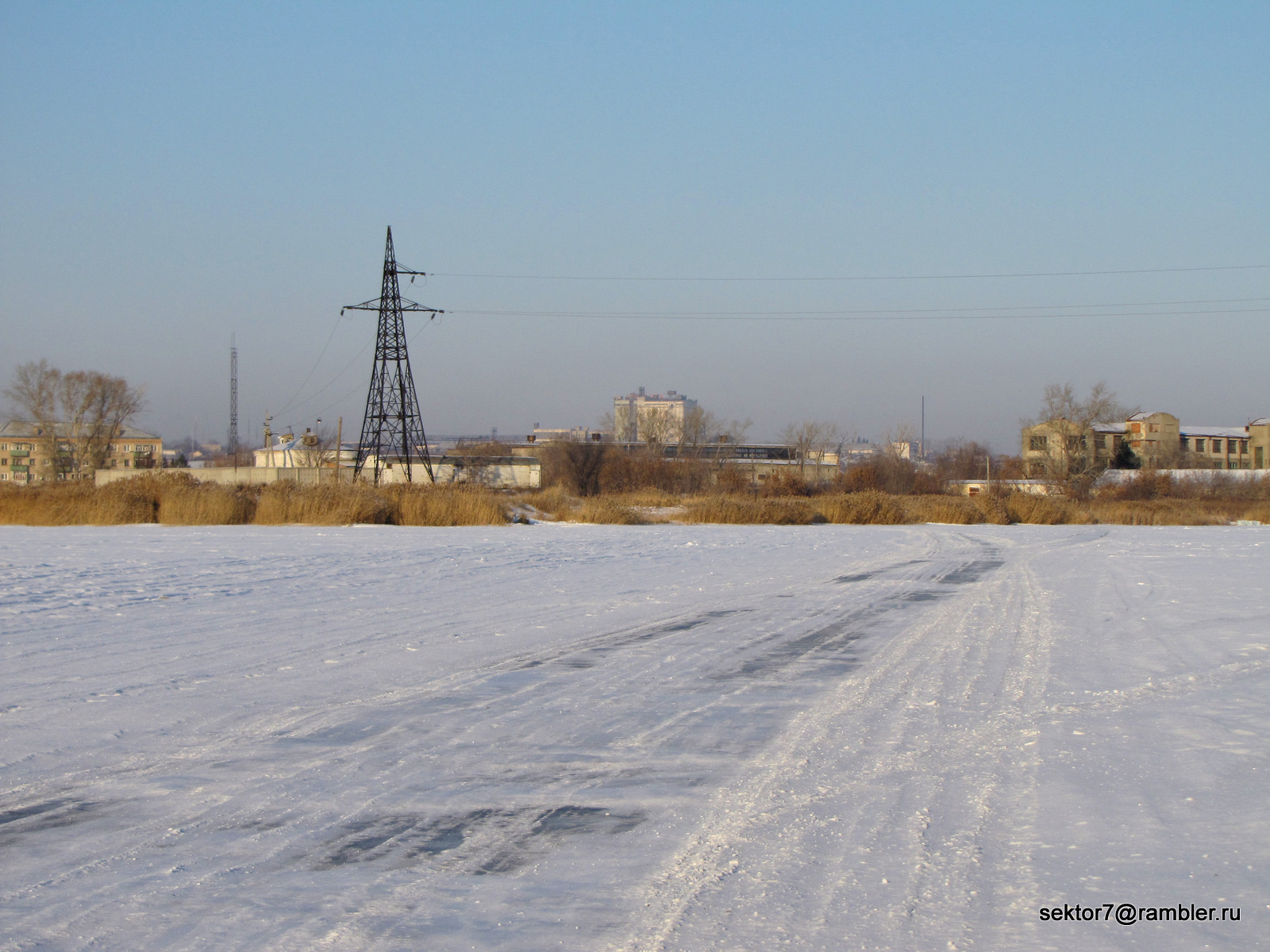 Вид на город Троицк с горы Мясокомбината (по реке на велосипеде  №4)