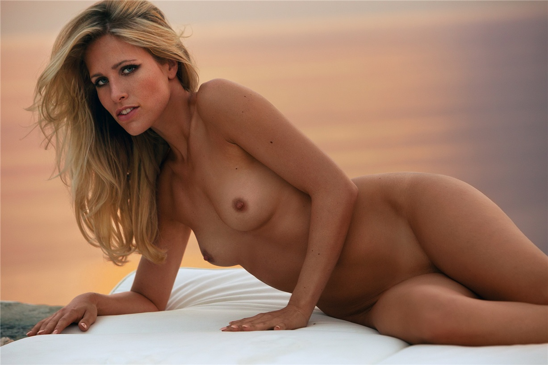 Девушка месяца Сисси Фареншон / Sissi Fahrenschon - Germany Playboy March 2015 Playmate