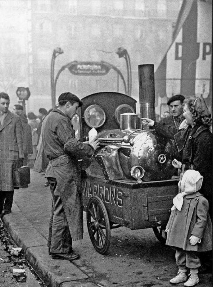 1950. Продавец каштанов