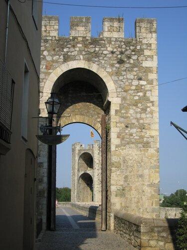 Spain, Besalu