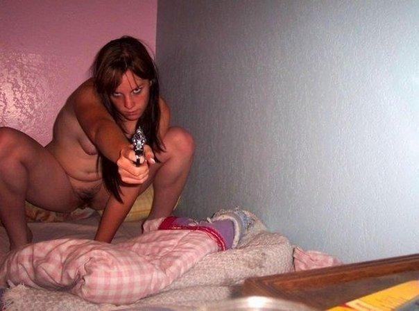 еротического фото из соцсетей