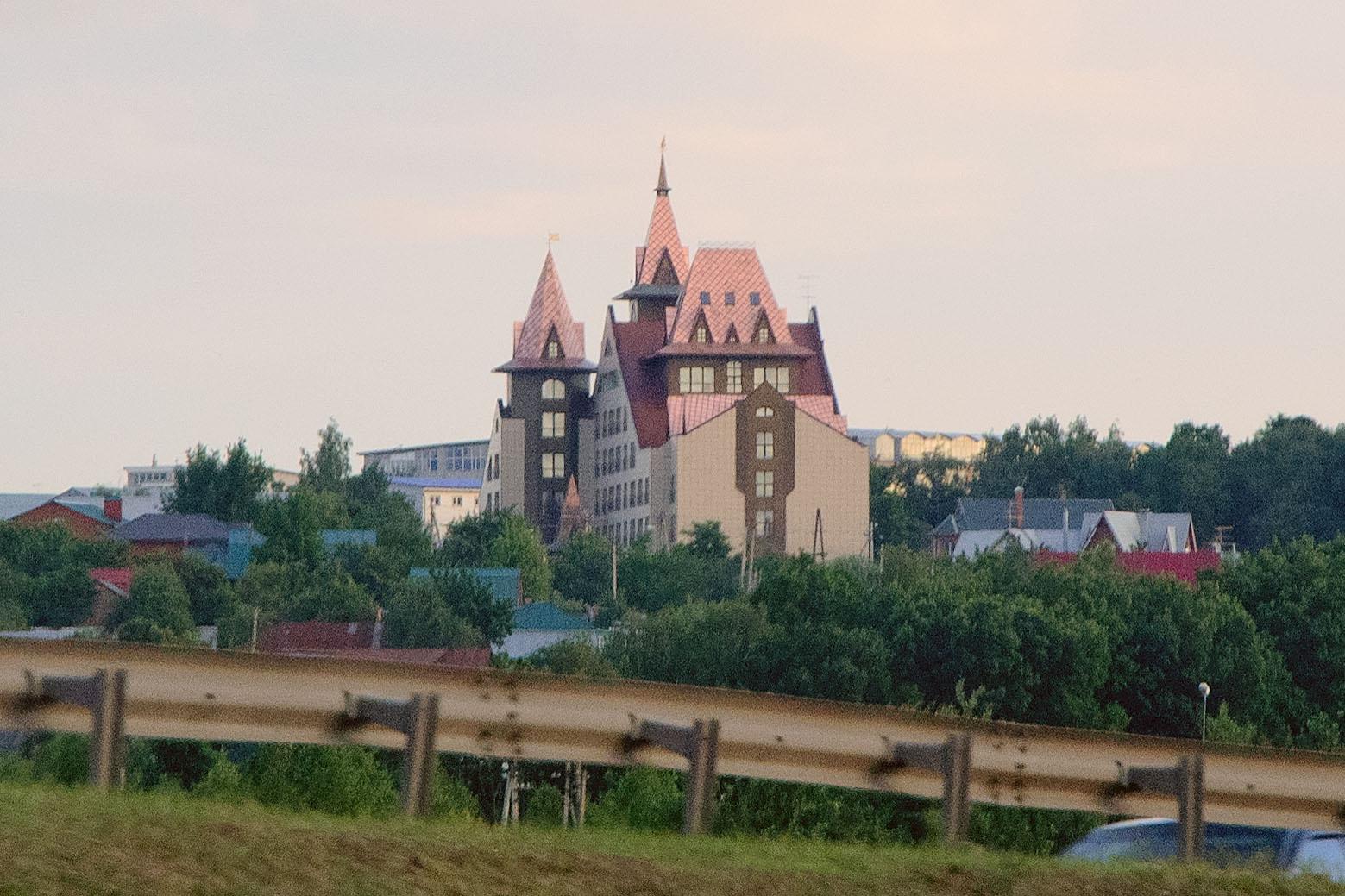 Гостиница «Замок» вБеседах