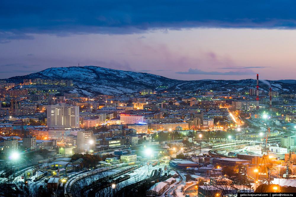 Основой экономики города является Мурманский морской порт — один из крупнейших незамерзающих портов