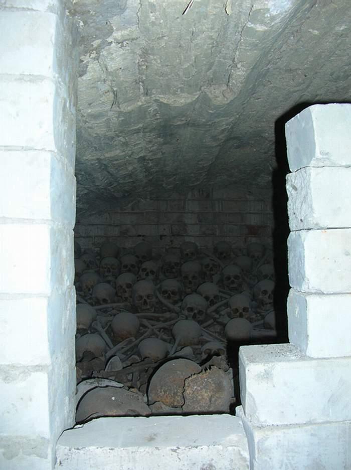 Старое Чурилино, таинственный склеп-костница