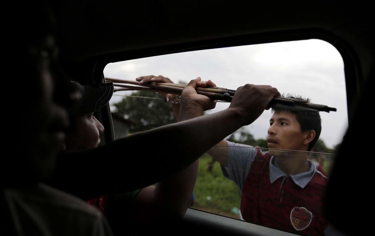 Подвозка дополнительного количества оружия в виде луков и стрел