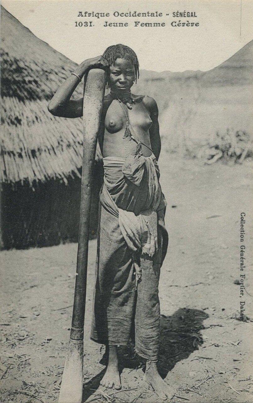 1031. Сенегал. Девушка гереро