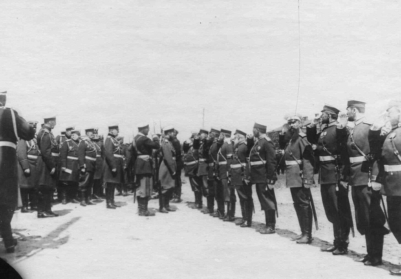 25. Прибытие императора Николая II к месту расположения войск, отправляющихся на Дальний Восток. Харьков