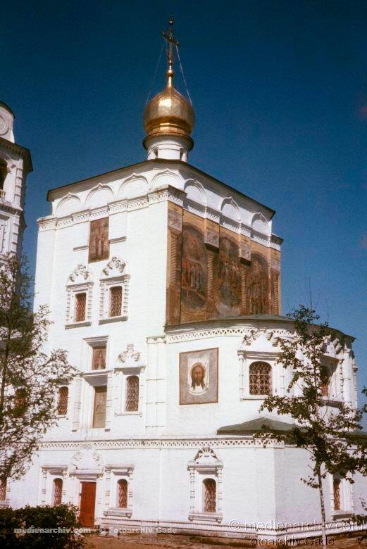 04. Спасская церковь
