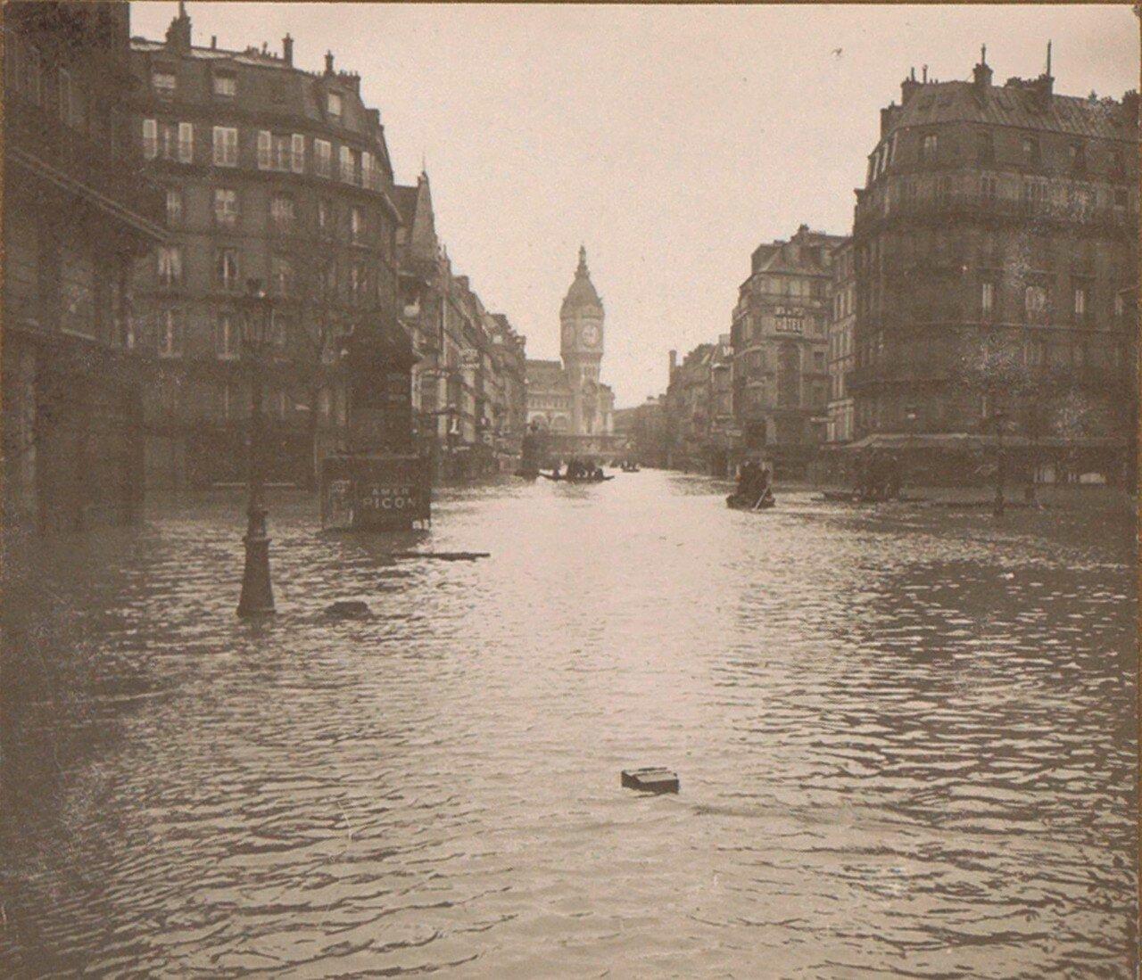 1910. Затопленная улица