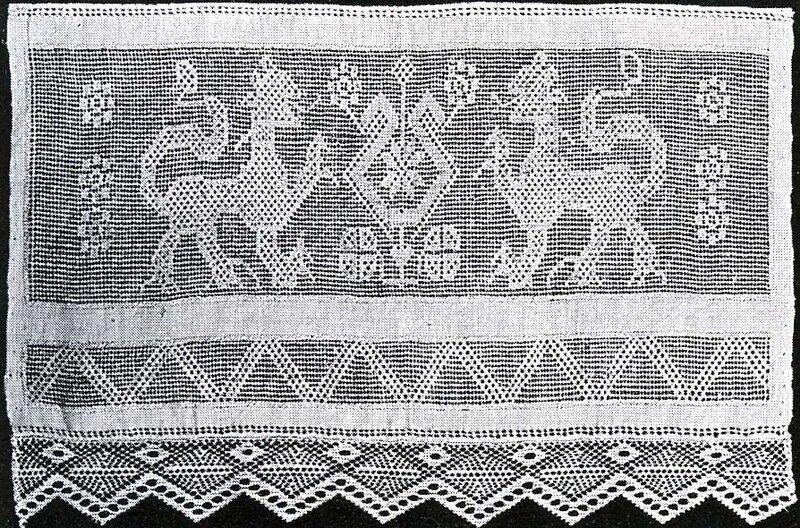 Вышивка белая строчка