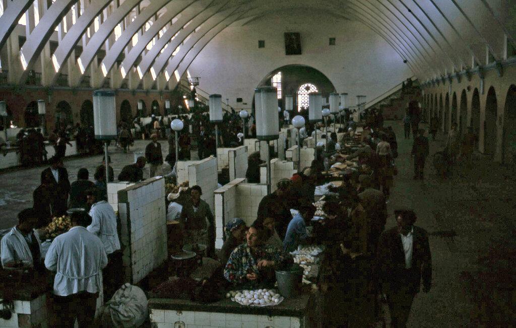 1964 Ереван, рынок3.jpg