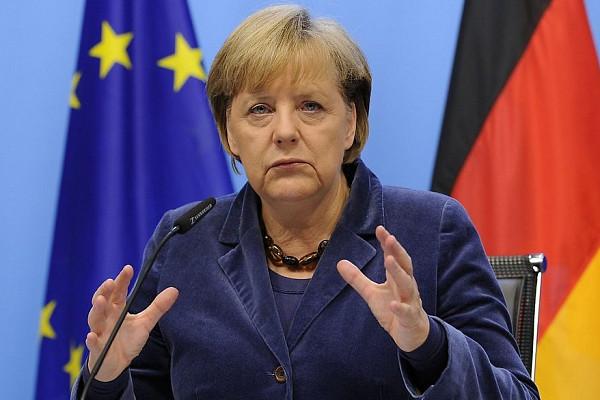 «Беженцы неприносили терроризм вГерманию»— Меркель