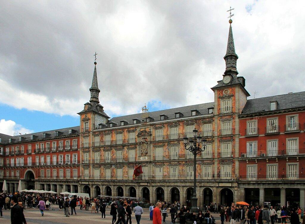 Мадрид. Дом Хлебопёков (Casa-de-la-Panaderia)