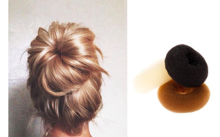 Самый простой способ сделать красивый пучок— этоприобрести«пончик». Техника элементарна: снач