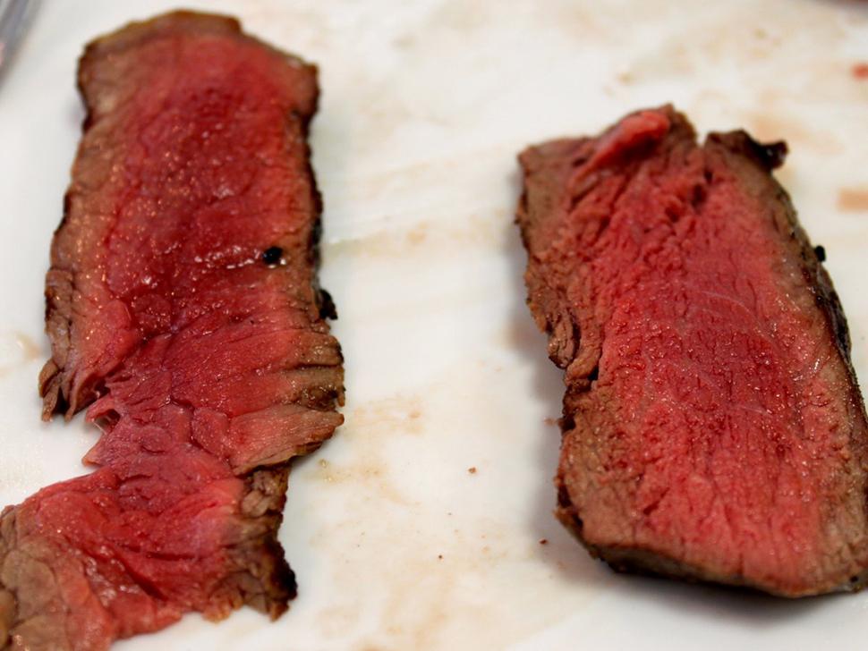 Непрожаренное мясо Простите, шеф-повара, но Марлер не станет заказывать стейки со слабой прожаркой.