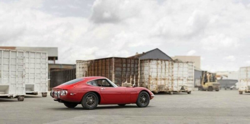 Цена самой дорогой коллекции 22 автомобилей на аукционе составила 67 млн долларов!