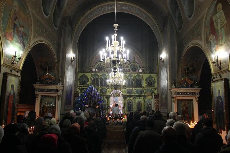 Праздничная Литургия в Свято-Николаевском кафедральном соборе