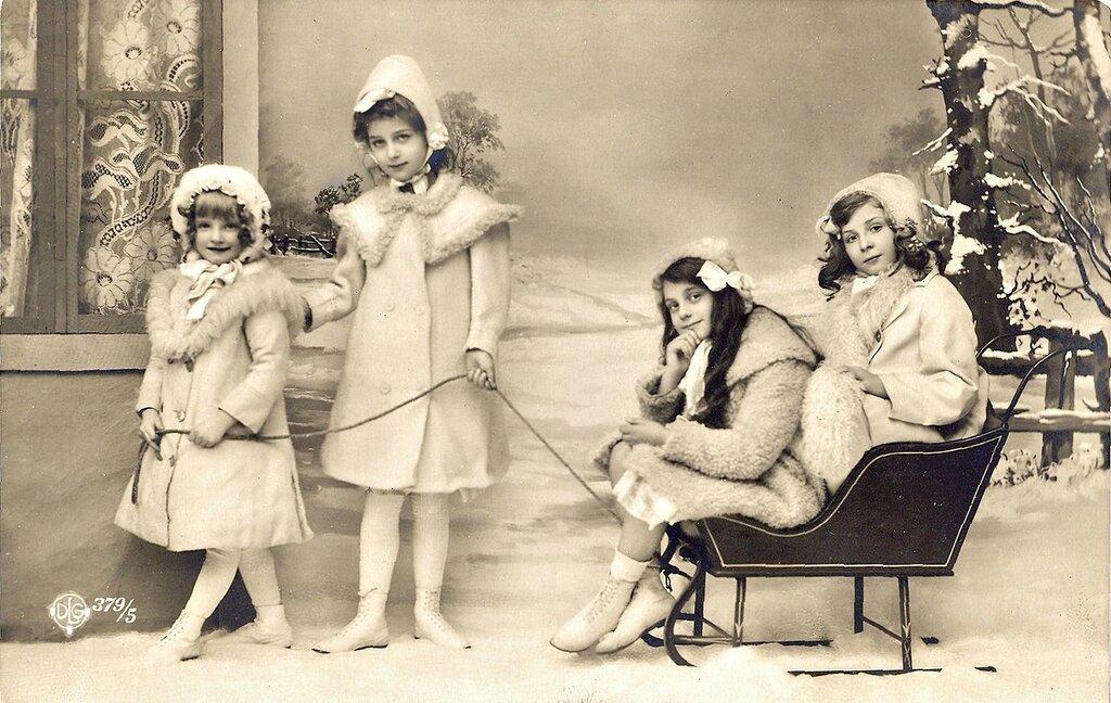 старинное фотографии девушек
