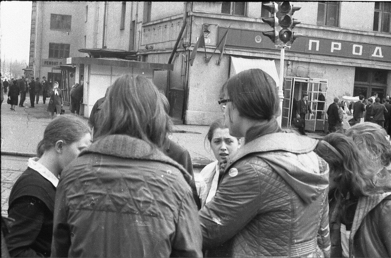 1974. Угол Тихвинской улицы и Сущевского Вала (фотограф Игнатущенко С.К.)