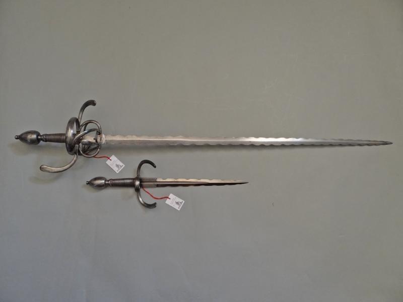 Фламберг, или пламенеющий меч во всём разнообразии.