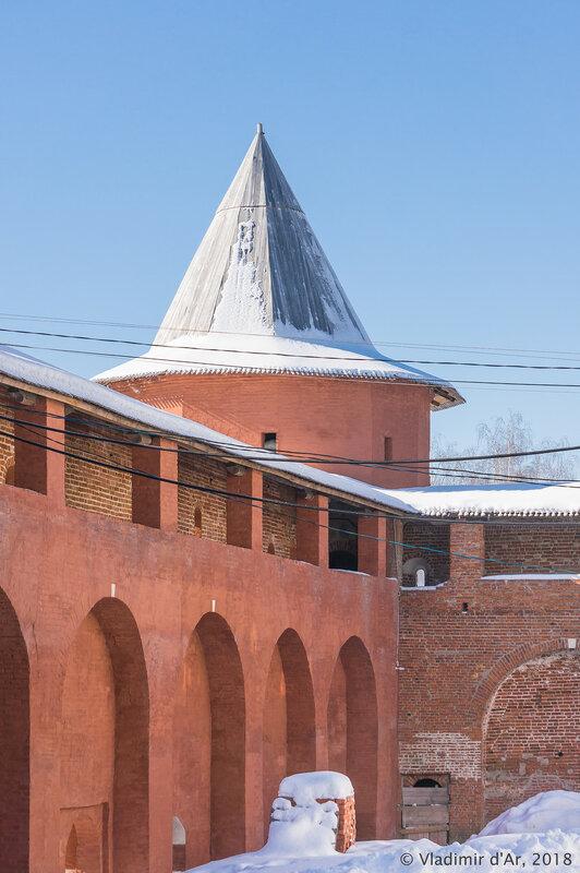 Юго-западная башня. Зарайский кремль.