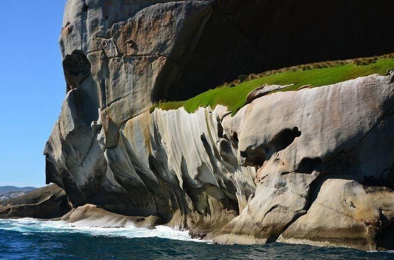 остров в австралии фото пещера здесь живут