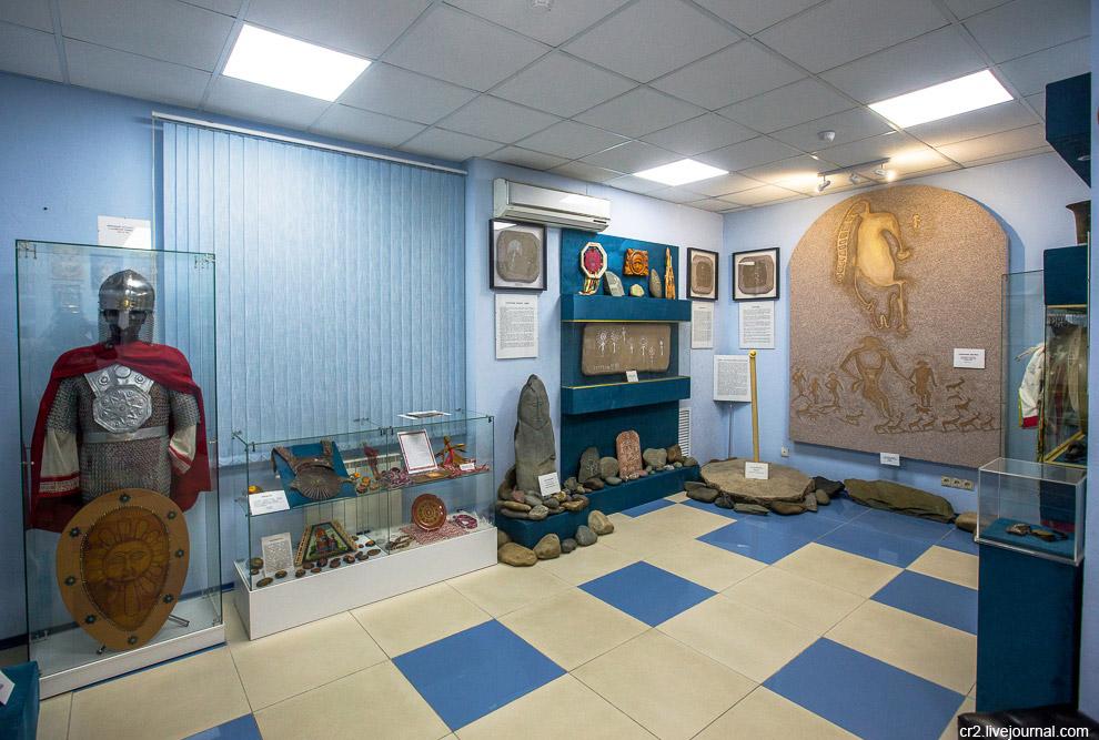 музей Новосибирск мир в будущем необычные люди солнце победа тепло