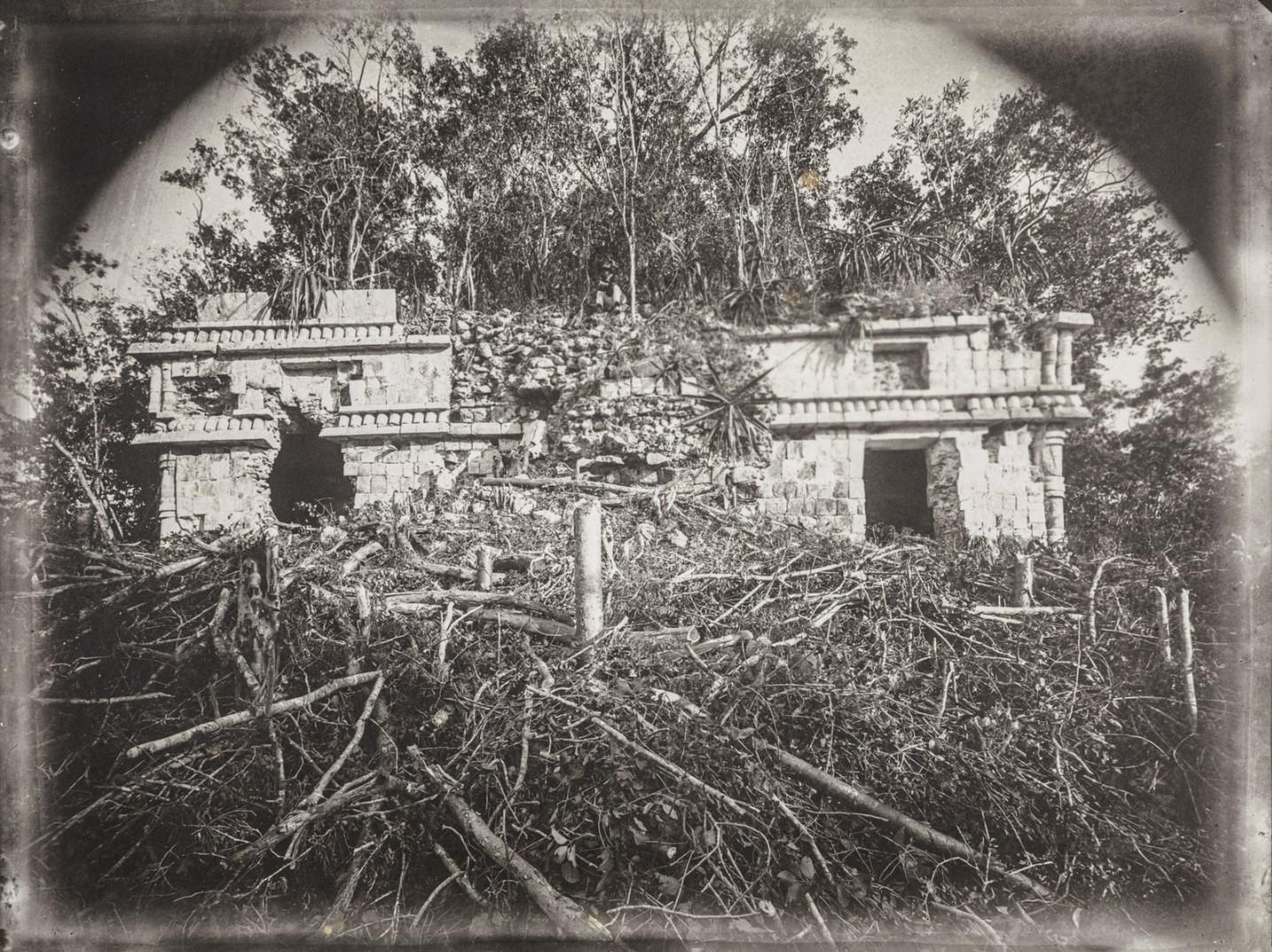 22. Развалина в руинах майя Чакботай