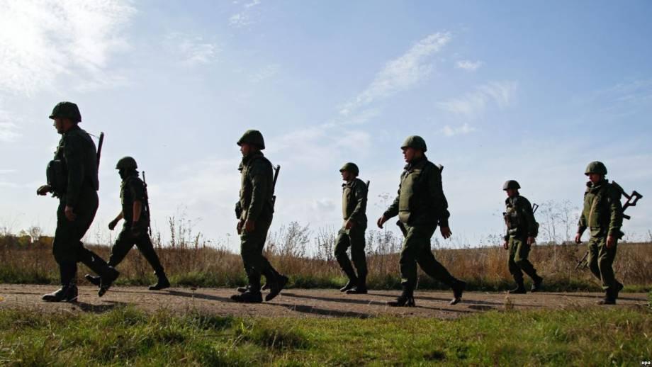 «Просто политические вбросы» – Жданов о сосредоточения техники боевиков