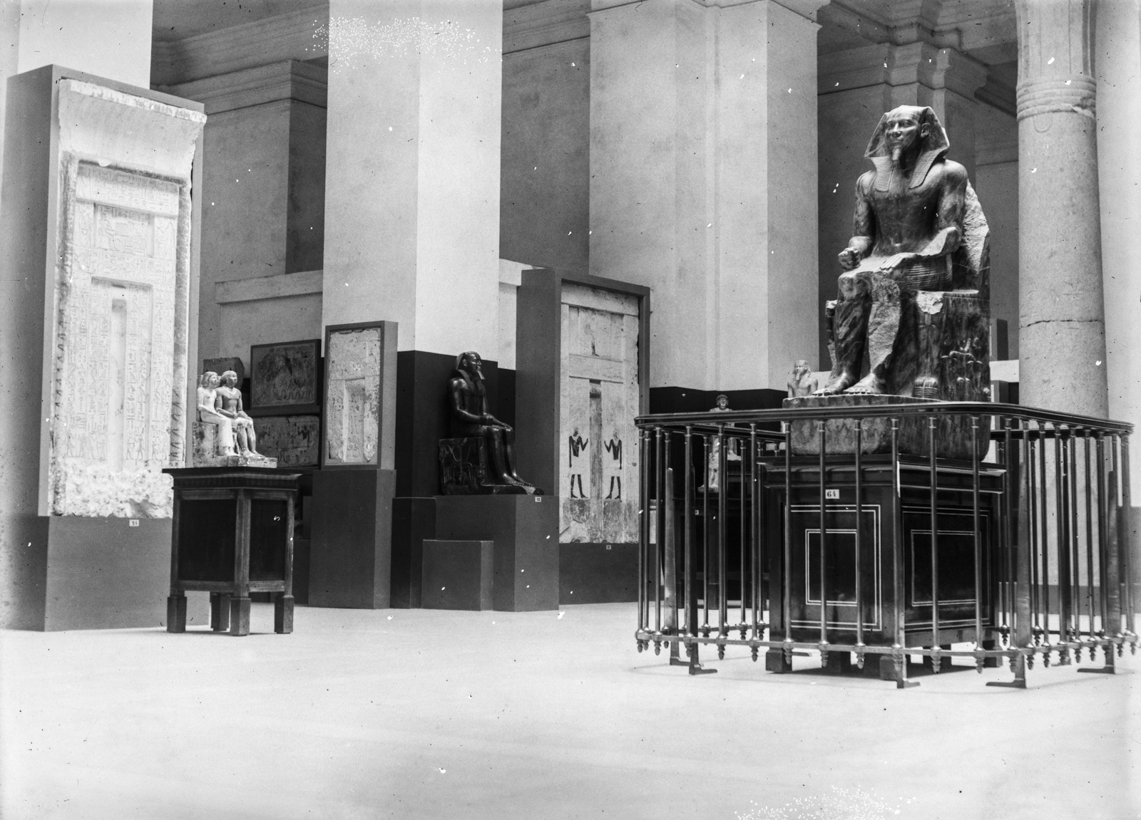 Статуя фараона Хефрена в Египетском музее в Каире
