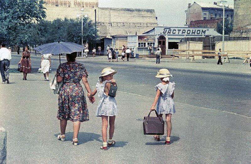 1957 Сталинград Ю Кривоносов.jpg
