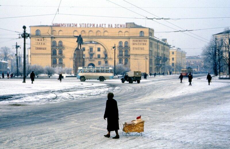 1964 Ярославль. Красная площадь.jpg