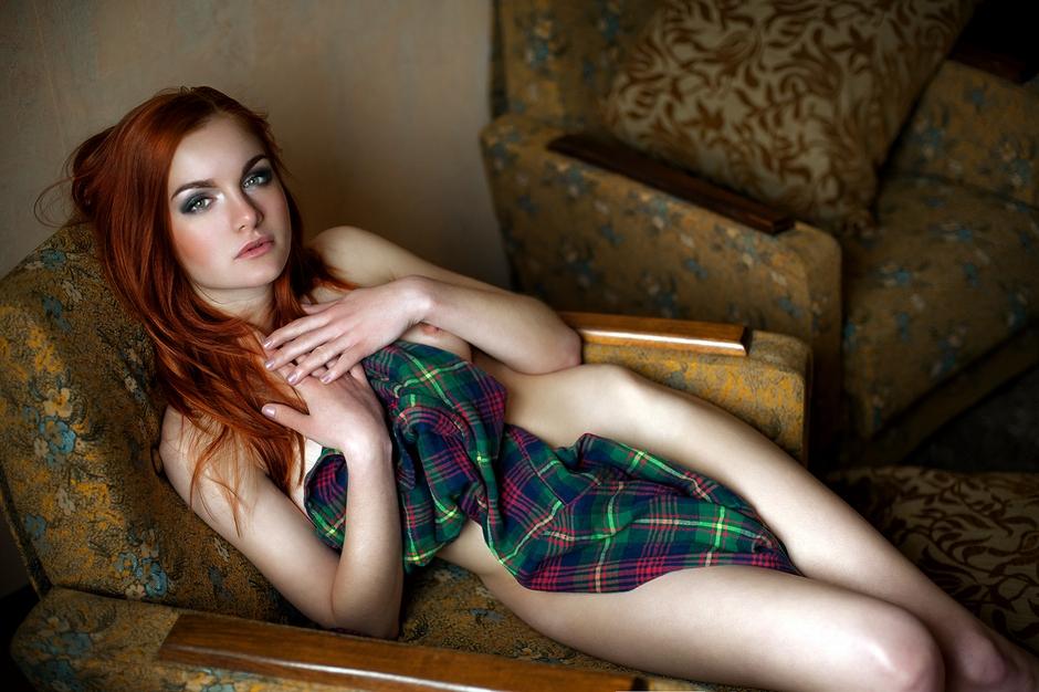 redhead-nude-home-photos