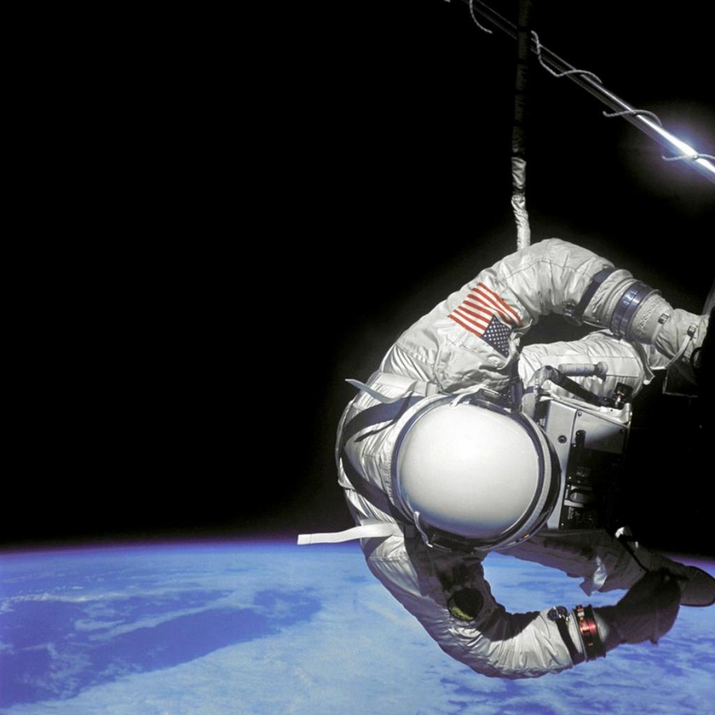 Космические рекорды: Прогулка в открытом космосе   исторические фотографии