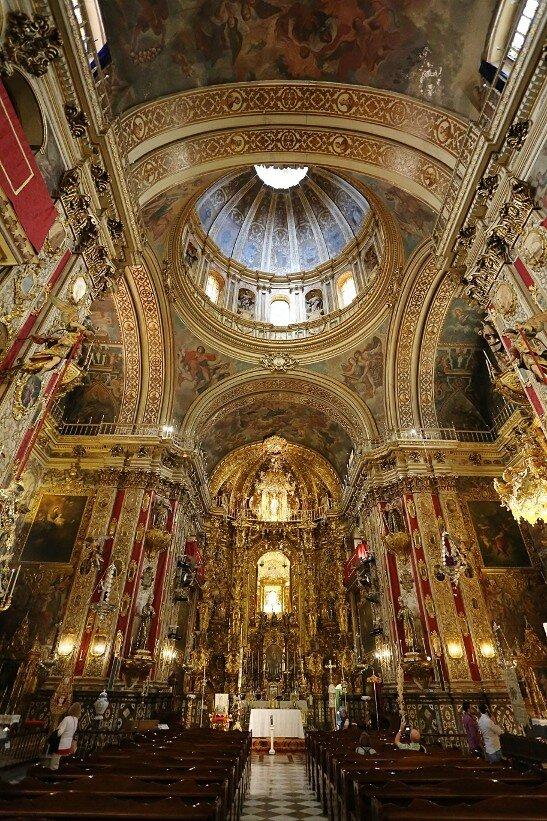 Гранада. Базилика Святого Иоанна Божьего. Интерьеры