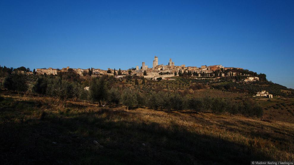 4. Расцвет Сан-Джиминьяно пришёлся на те неспокойные времена, когда Италия разрывалась между вл
