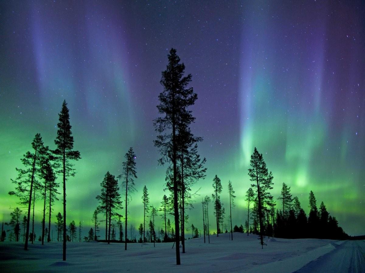 58. Испытайте настоящий восторг от вида северного сияния в Лапландии.