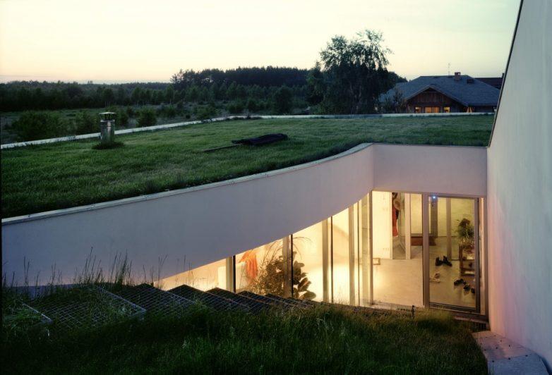 12. Дом с травяной крышей, Ксёнжице, Польша