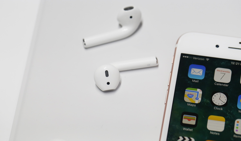Известна емкость аккамуляторных батарей iPhone 7 иiPhone 7 Plus