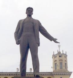 «Площадь Маяковского» заменили на «Колос»