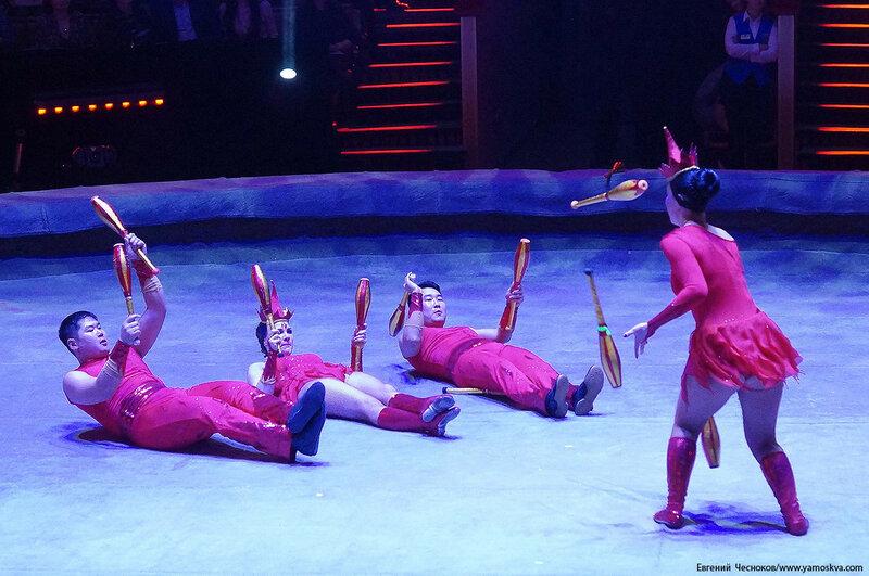 Бурятский цирк. 43. 03.03.17. Жонгляж Огонь..jpg