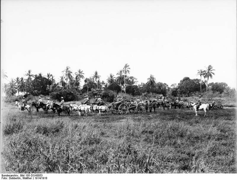 Deutsch-Ostafrika, Artillerie rьckt in Kampfstellung