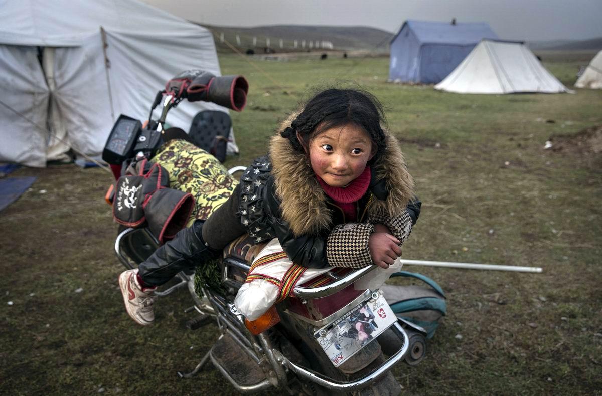 Тибетская мотобайкерша: Опять в путь-дорогу